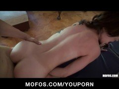 Picture Stunning brunette Latina Alexa Rydell gets a...