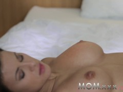 Picture MOM Brunette with Big Tits gets a Creampie
