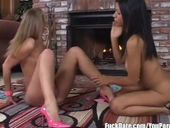 Picture Hot Young Girl 18+ lesbians fuck each other...
