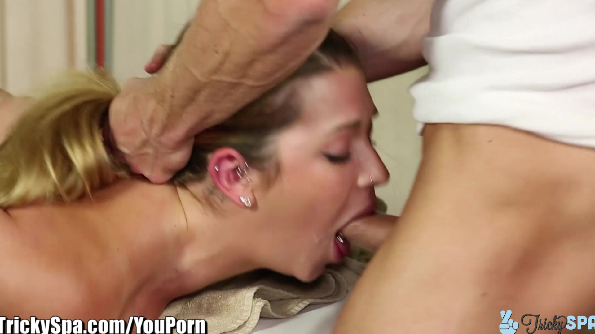 Hot women spreading thier ass holes