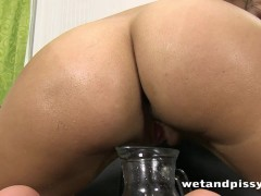 Picture Busty Kira Queen pisses through her pantyhos