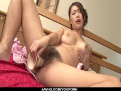 Picture Yayoi Yanagida loves cracking her hairy vag...