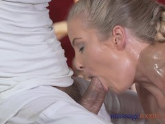 Picture Massage Rooms Sexy toned blonde has her Adul...