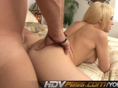 Picture Blonde Kagney Linn Karter With Pierced Cunt...