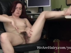 Picture Annebelle Lee strips and masturbates after w...