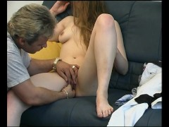 Picture Skinny milf gets horny - Julia Reaves