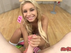 Picture Young Girl 18+ Carmen Caliente Locker Room H...