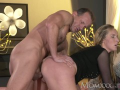 Picture MOM Blonde bombshell MILF worships the cock...