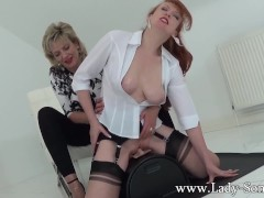 Picture Lady Sonia and Red XXX hot Lesbian sybian ma...