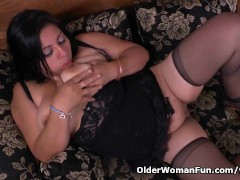 Picture Latina milf Laura has her wicked ways