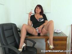 Picture English milf Christina X masturbates on her...