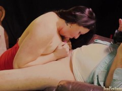 Picture Girl in amateur casting gives a blowjob POV...