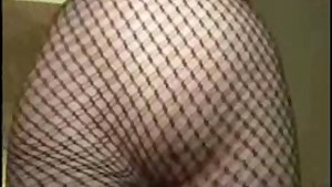 Asian Girl gets fucked in a hotelroom!! (part 2)