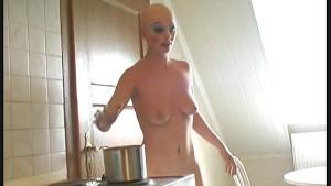 Pornstar Zita transforming as puppet