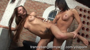 Tranny Joins Couple For Threesome