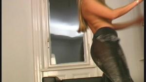 Big boob glamour Babe in nylon