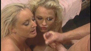 Both girls get goo all over their faces
