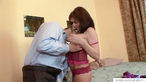 Hot mom likes hardcore cream pie