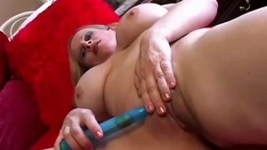 Beautiful big tits mature amateur