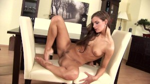 Suzi gets off - CzechSuperStars