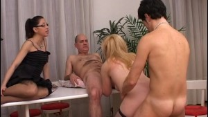Wife gets young cum in her bush - OVER C