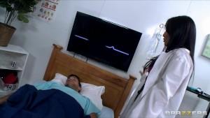 Hot & Horny Asian slut Nurse Asa Akira fucks a patient s big dick