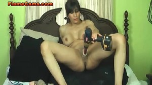Extreme Dildo Squirting MILF