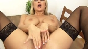 Hot babe fucks herself - WOW Pictures