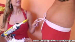 Carol and Ellen DIY Body Fun