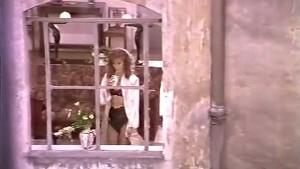 Dalila Di Lazzaro - Spogliando Valeria