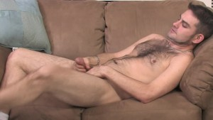 Hairy Hunk Jerking Off - Mavenhouse