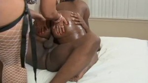 Big Booty Threesome!- Black Market