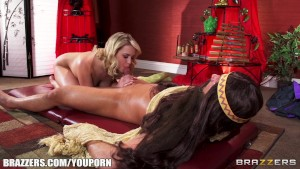 FIT bombshell Mia Malkova is rubbed down & fucked by her masseur