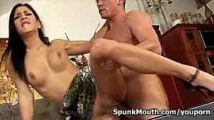 Cock lover Rachel Evans pounded by huge cock gets cum in mouth