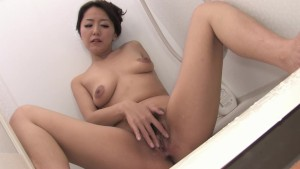 Sexy asain milf takes a shower - Dreamroom Productions