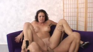 Brunette milf swallows big load - Pandemonium