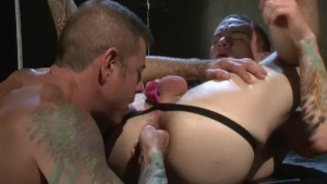 Tattoo Hunk Knows What I Like - Factory Video