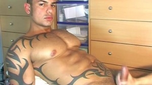 Handsome musculine Arab sport guy get wanked his huge cock by us !