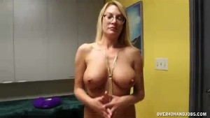 Mature Lady s Got A Special Means to Stay Looking Good