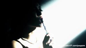 Sexy Light Steams With Dani Daniels