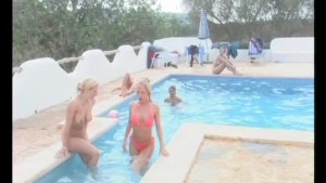 Naked party at the pool - Julia Reaves