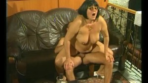 Big Old Lady - Julia Reaves