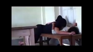 AsianSexPorno.Com - Philippine college couple fuck inside class room