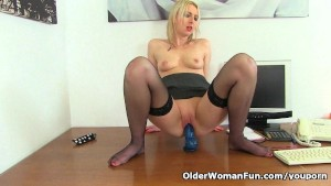 British milf Tracey Lain needs getting off