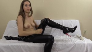 Think you can hold out and handle this femdom cum eating?
