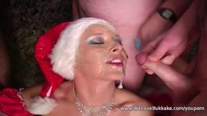 Christmas amateur cumshot facial party