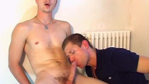 Ben A innocent delivery straight guy serviced his big cock