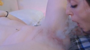 Lesbian Babes Playing And Eating Pussy On Cam