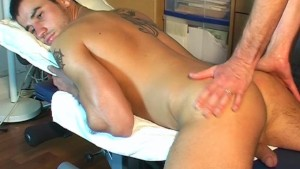 Mike handsome delivery guy get serviced by a guy!