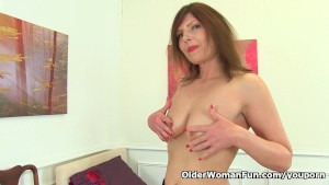 German milf Kristine Von Saar fingers her hungry cunt